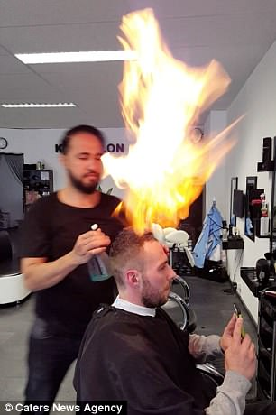 Turkish barber uses fire to cut his clients hair  Daily Mail Online