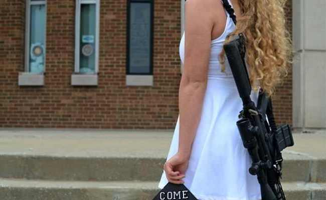 Ohio College Student Wears An Ar 10 In Her Graduation