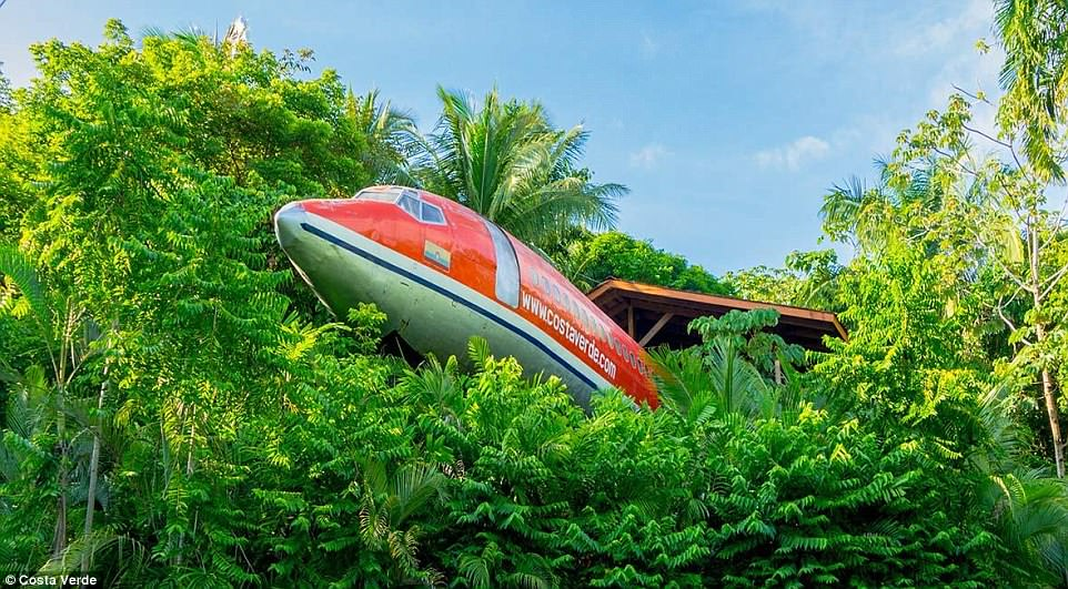 Costa Verde hotel in Costa Rica features a refurbished vintage 1965 Boeing 727 aircraft, which, in its prior life, shuttled globetrotters on South Africa Air and Avianca Airlines