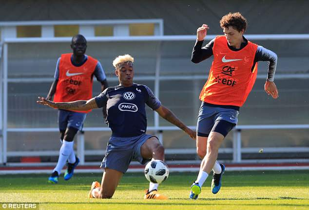 Presnel Kimpembe (left) and Benjamin Pavard during a five-a-side match in training