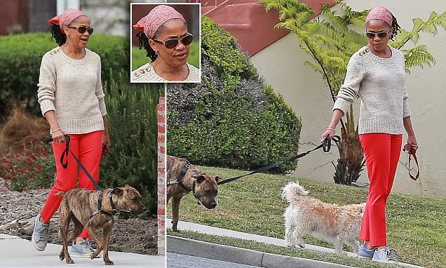 Meghan Markles Mother Doria Takes Her Dog For A Walk In LA Daily Mail Online