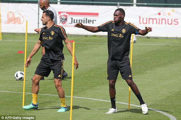 Nacer Chadli and Christian Benteke also warm up together in the sun on Monday