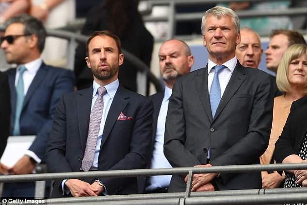 David Gill (R) has talked up the chance of an England or UK World Cup bid for 2030 tournament