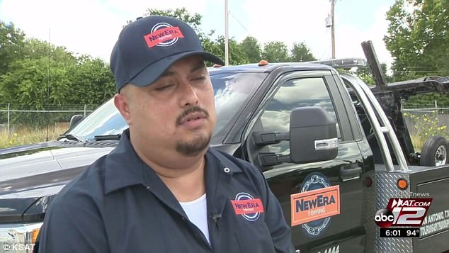 Tow truck driver Armando Colunga bought pizza for a group of undocumented immigrants on Tuesday night