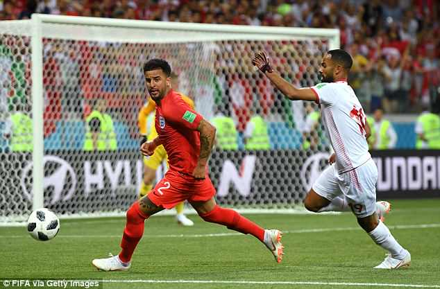 Kyle Walker conceded a penalty when hemade contact with Fakhreddine Ben Youssef