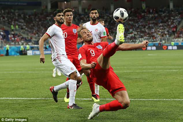 Harry Kane scored twice as England made a winning start to the 2018 World Cup campaign