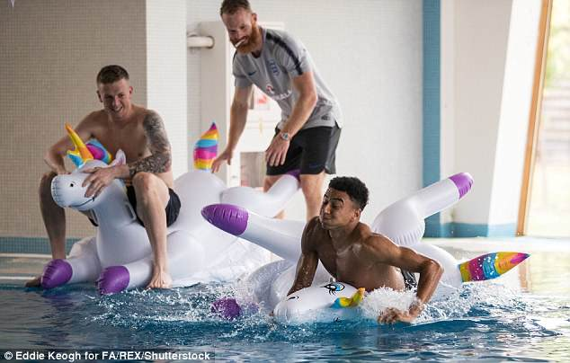 Jesse Lingard and Jordan Pickford were clearly enjoying the recovery session in Moscow