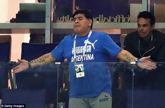 It becomes apparent that Argentina are not playing at the same level as in Maradona's day