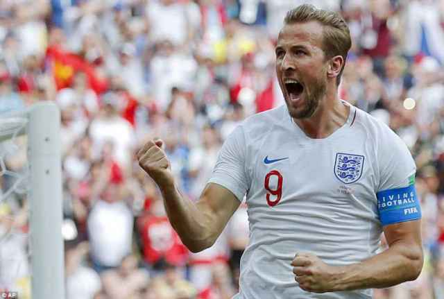 England's Harry Kane celebrates after he scored his side's second goal during the group G match