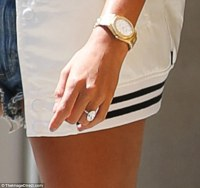 Hailey Baldwin flaunts engagement ring with Justin Bieber ...