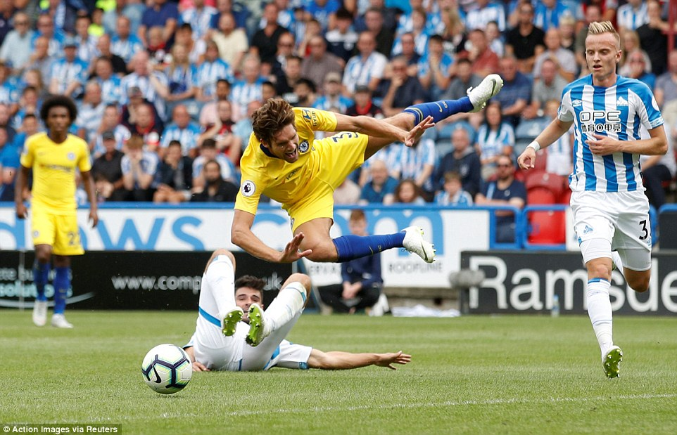 Chelsea were awarded a penalty on the stroke of half-time afterChristopher Schindler brought Marcos Alonso down