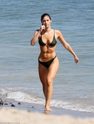 Check Out Ben Affleck's Playboy model girlfriend,Shauna Sexton