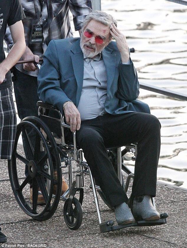 Le célèbre film de cinéma des années 1970 a subi un pontage cardiaque en 2010. Sur la photo, Ariel Winter a filmé une scène du tournage de «Dog Years» à Nashville, au Tennessee, le 8 juin 2016.