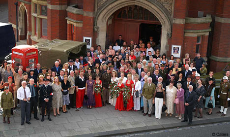 Bride and groom turn their wedding into a World War II tribute  Daily Mail Online