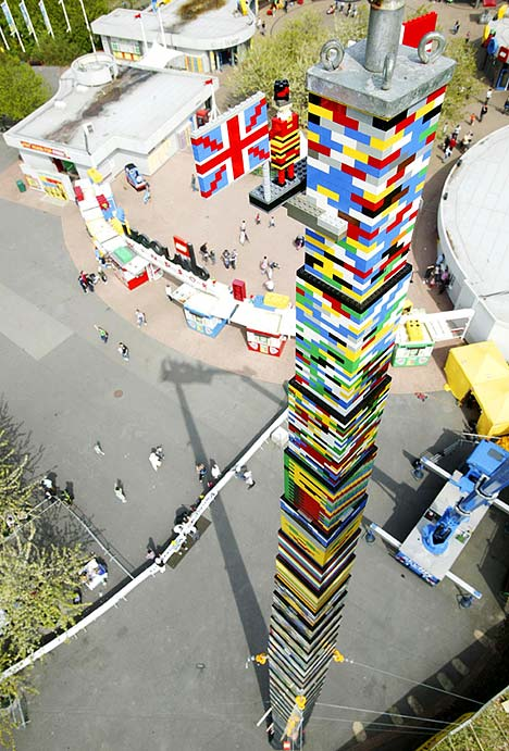 The worlds tallest Lego tower which took 500000 bricks