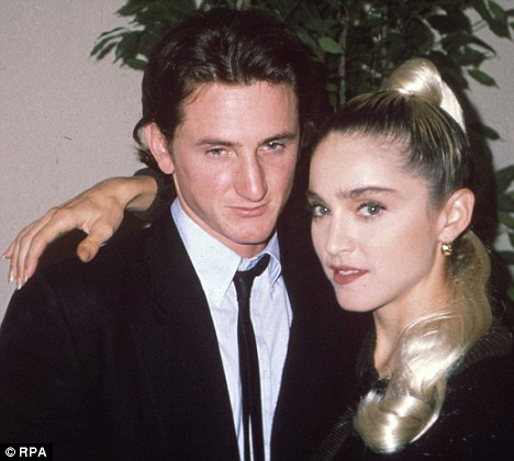 Warren Beatty Sean Penn  and my sister Madonnas great Daddy Chair dilemma  Daily Mail Online