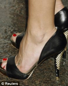 The 29million agony of the highheel brigade Women are