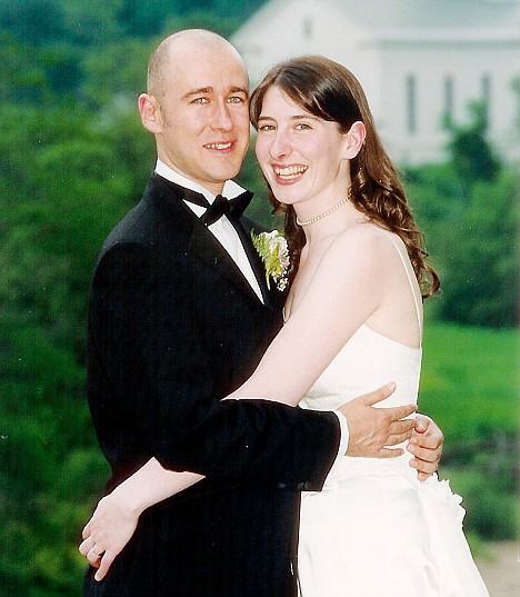 Andrew y Emma, el dia de su boda.