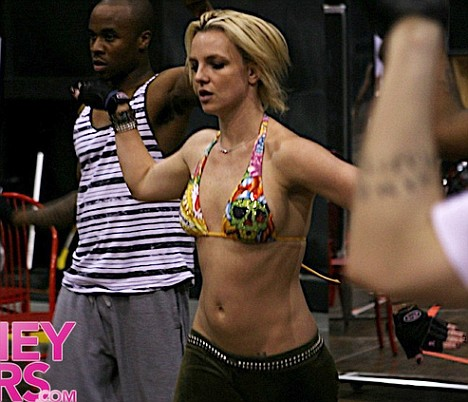 Britney Spears rehersing for her forth coming tour