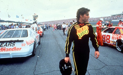 Tom Cruise relives his Days Of Thunder behind the wheel at Daytona 500 | Daily Mail Online