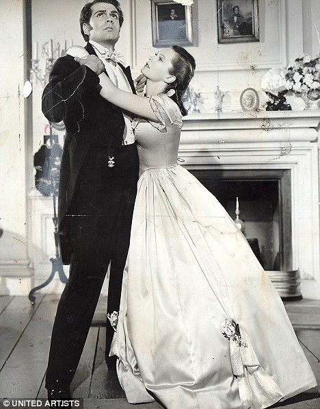 Wuthering Heights (1939) Starring Laurence Olivier and Geraldine Fitzgerald