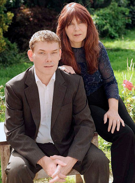 Vulnerable Gary McKinnon with his mother Janis