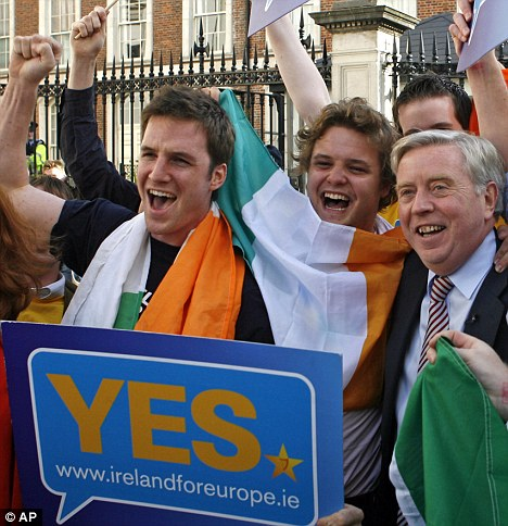 'Yes' vote supporters celebrate at Dublin castle