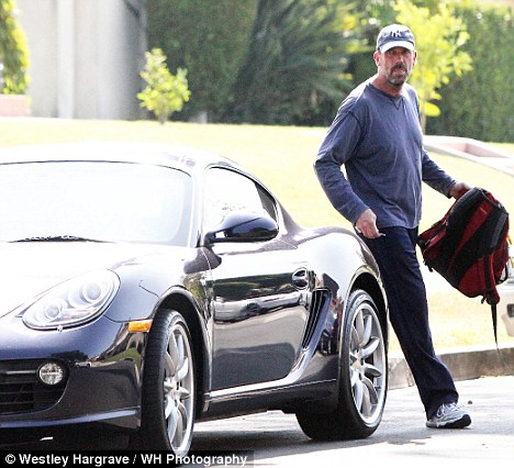 Hugh Laurie goes all Hollywood as he gets behind wheel of