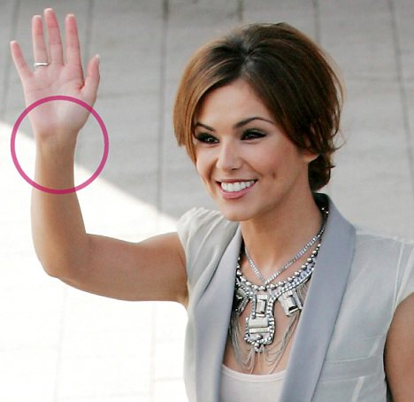 the fake tan mandments to avoid cheryl cole s little blunder daily mail online