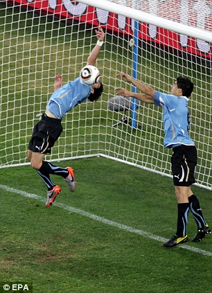 The Hand Of God Now Belongs To Me Boasts Uruguay Cheat Luis Suarez Daily Mail Online