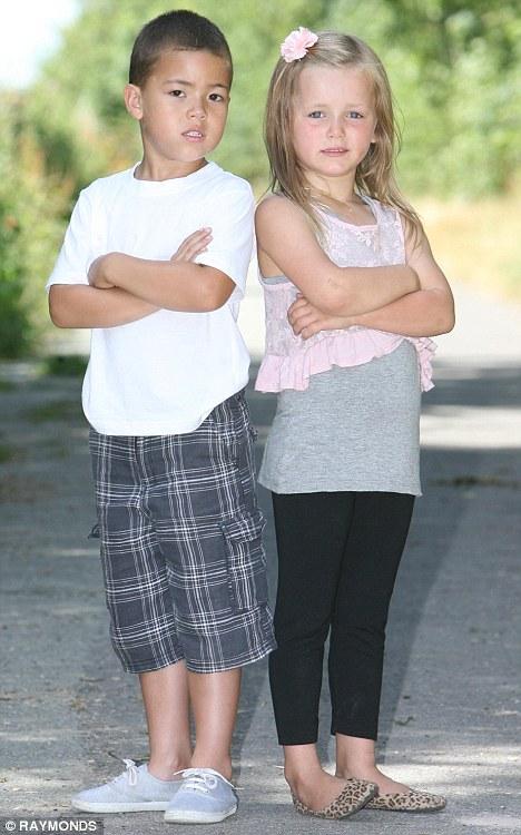 Destacó: Gracie Hill y Russell Bailey que han sido tildados de   'sobreponderar' en una carta del NHS