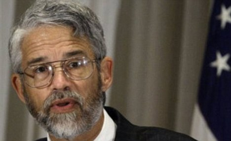 'Oversimplified': White House science adviser John Holdren urged the public to use the phrase 'global climate disruption'