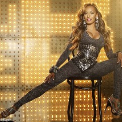Gym Chair As Seen On Tv Pier 1 Chairs Canada Contemporary Urban Home Ideas Mel B Shows Off Her Love Of Skin Tight Clothing In Folding Exercise