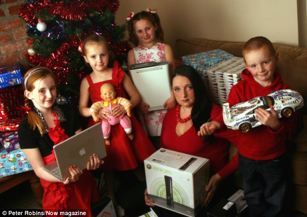 Christmas On Benefits Eloise Littles Spent 3k Of