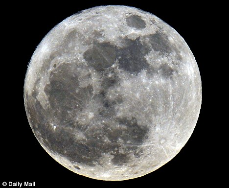 Examination of lunar rocks has found that water in the cente of the moon may be as plentiful as that in the earth's centre