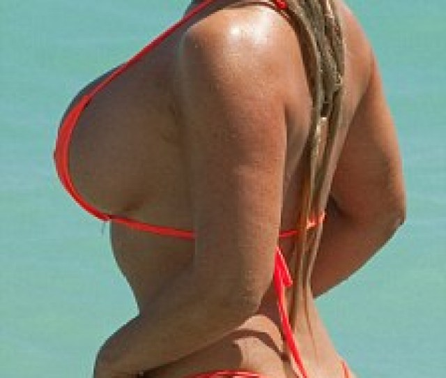 Huge Are Coco Austin And Kim Kardashians Rears Just A Little Too