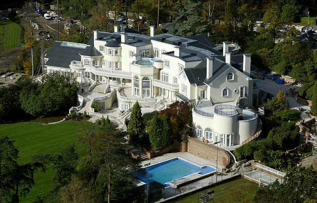 Updown Court: Most Expensive UK House Outside London Goes