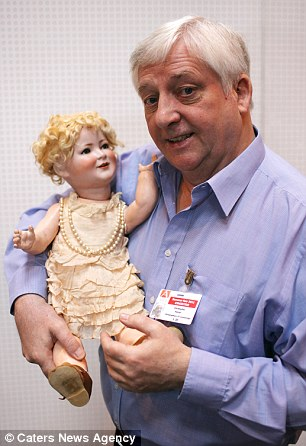 Royal family rejected lifesize porcelain doll of the