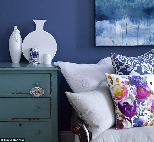 Interiors The new covers girl  Daily Mail Online