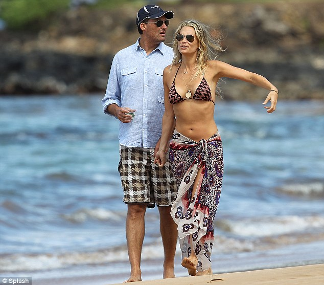 Molly Sims and producer husband Scott Stuber honeymoon in