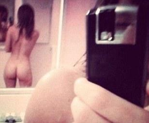 toddler girls bare butts