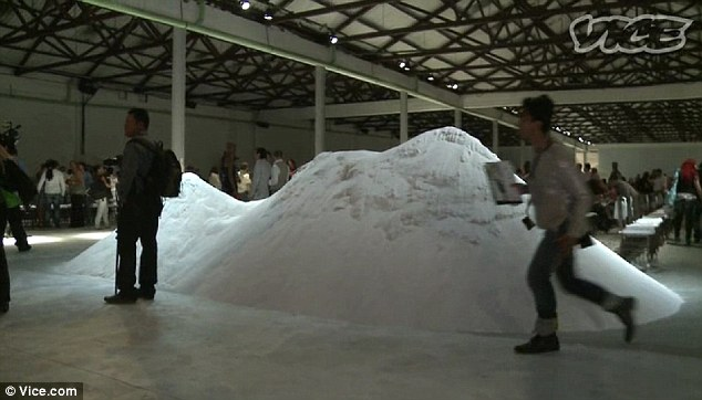 Cocaine: The more upmarket Colombia Moda fashion week shuns fuller Latina curves for a thinner, westernised aesthetic, but oddly chooses to pile a mountain of fake cocaine on one of its runways