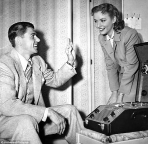 Image result for PIPER LAURIE WITH RONALD REAGAN IN LOUISA