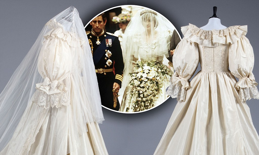 Princess Dianas backup wedding dress and shoes sell for 84k at auction  Daily Mail Online