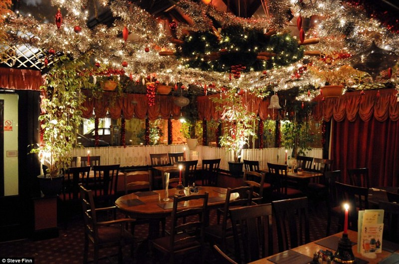 Christmas Bar Decorations Ideas Billingsblessingbags Org