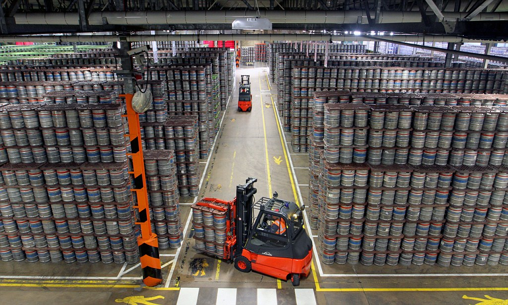 Britains biggest brewery Molson Coors prepares to shift