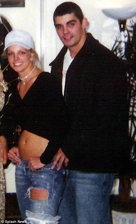 Britney 'engagement Is Fake' Spears' Ex Jason Alexander