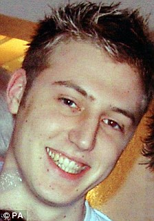 """Padre de Edgware Road atentado víctima de David Foulkes, Graham, dijo que la visita fue """"muy inadecuado"""""""