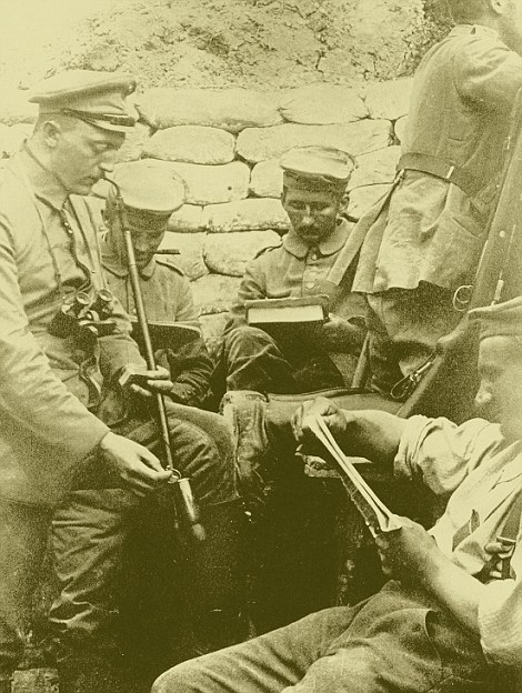 German soldiers in a trench on the Western Front