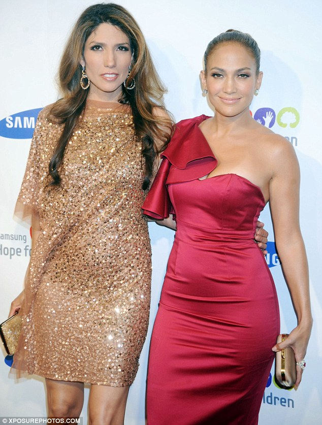 Younger model: Jennifer Lopez with her sister Lynda, who is two years younger than her